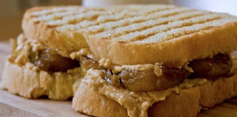 Recipe Peanut Butter and Caramelized Banana Panini